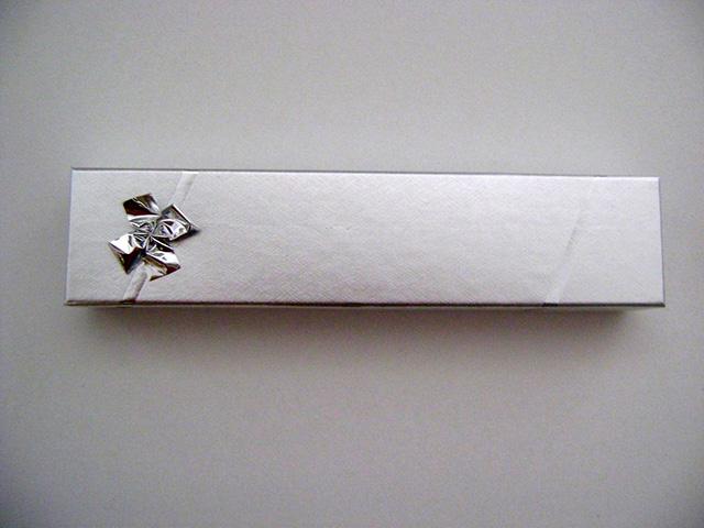 Κουτί με φιόγκο 20 Χ 4,6 εκ. Image